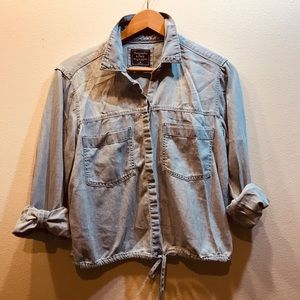 Abercrombie & Fitch Cropped Denim Button Up